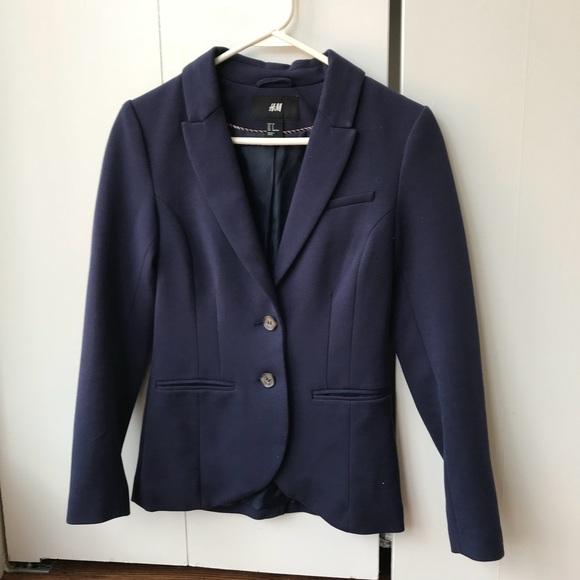 c46920123 Women's Navy Blue Blazer Size 2